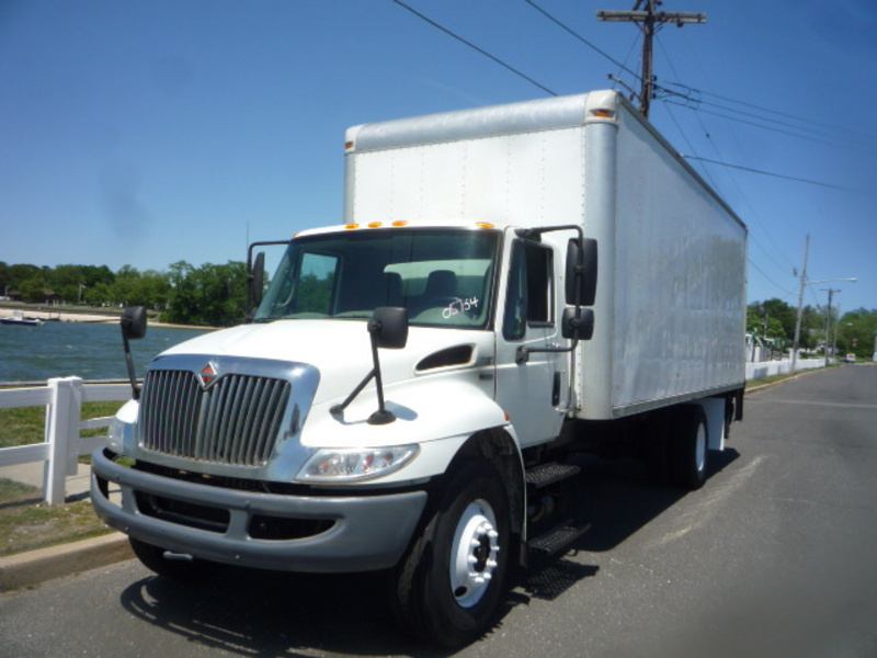 USED 2010 INTERNATIONAL 4300 BOX VAN TRUCK #10990