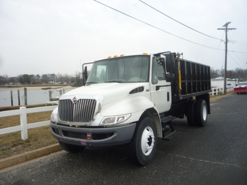 USED 2012 INTERNATIONAL 4300 DUMP TRUCK #11148