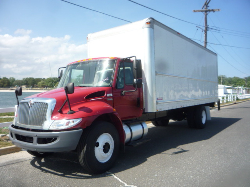 USED 2008 INTERNATIONAL 4300 BOX VAN TRUCK #11190