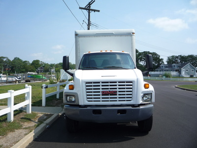 USED 2007 GMC C-7500 BOX VAN TRUCK #11205-3