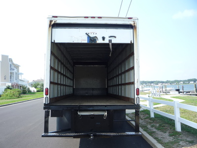 USED 2007 GMC C-7500 BOX VAN TRUCK #11205-6
