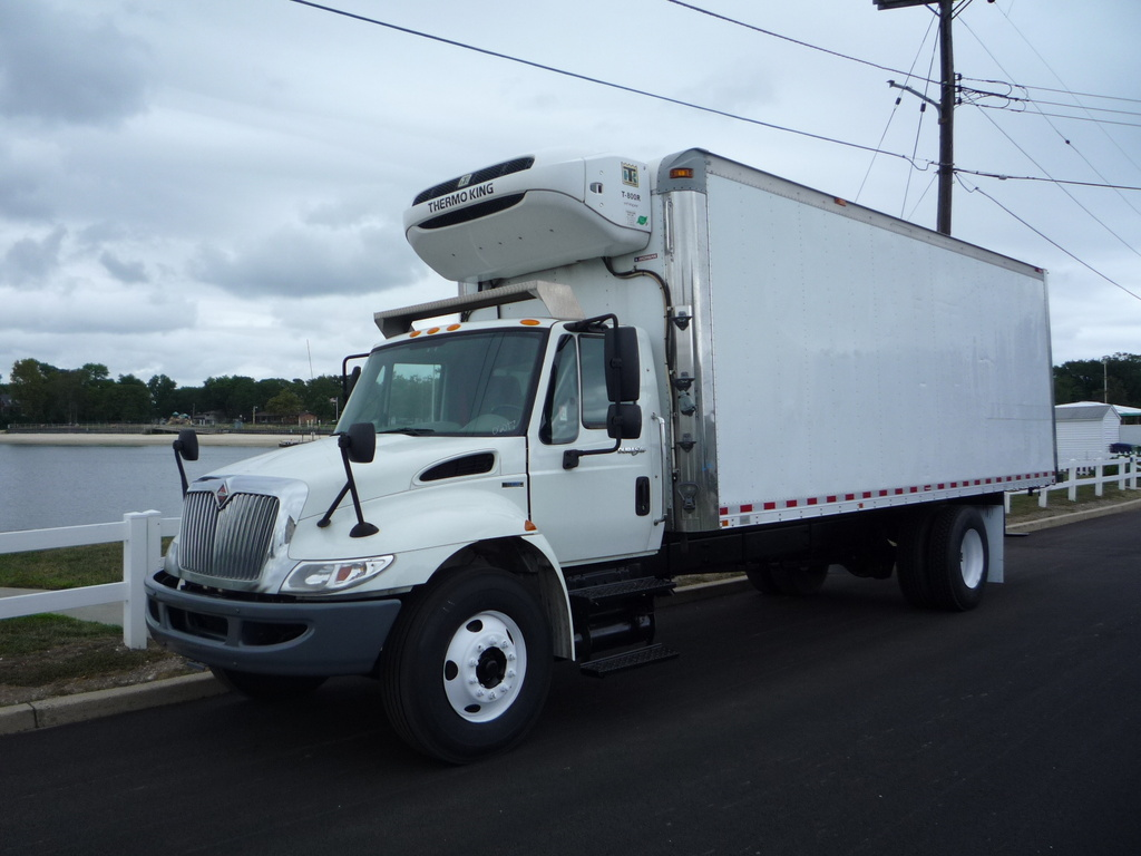 USED 2011 INTERNATIONAL 4300 REEFER TRUCK #11206