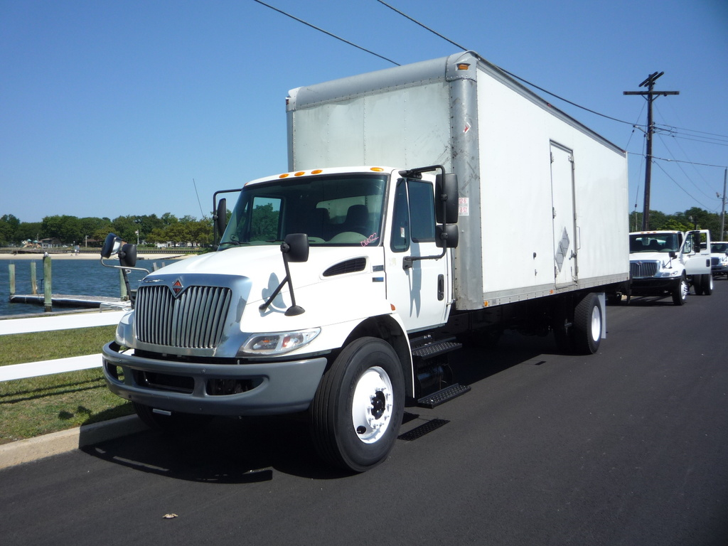 USED 2012 INTERNATIONAL 4300 BOX VAN TRUCK #11207
