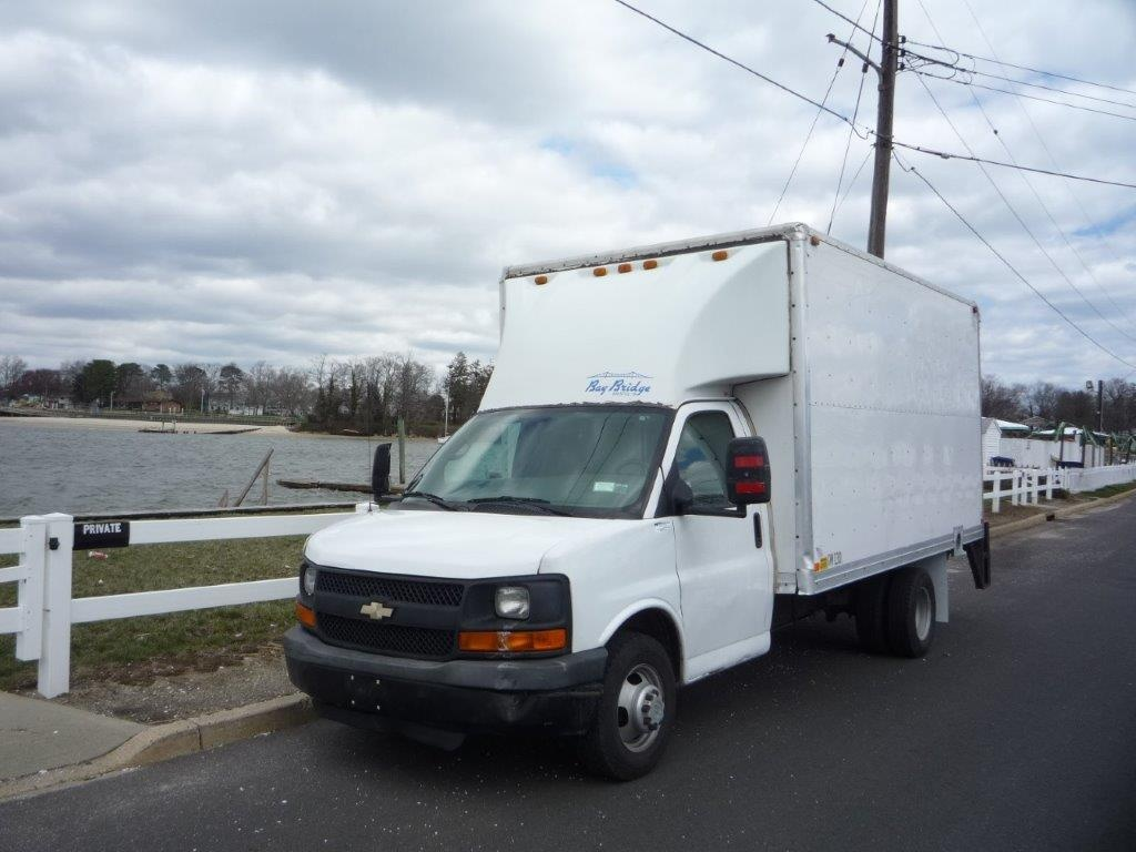 USED 2008 CHEVROLET G3500 CUTAWAY BOX VAN TRUCK #11337