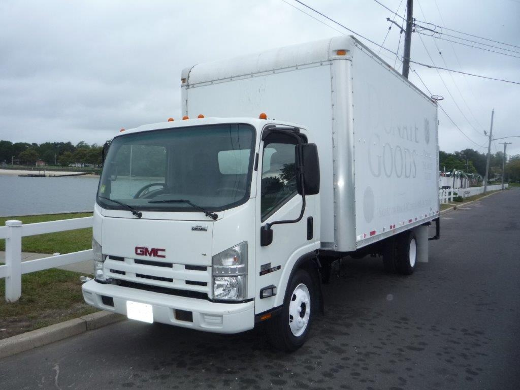 USED 2009 GMC W5500 BOX VAN TRUCK #11457