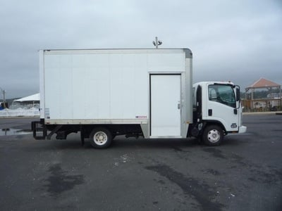 USED 2010 ISUZU NPR HD BOX VAN TRUCK #11463-5