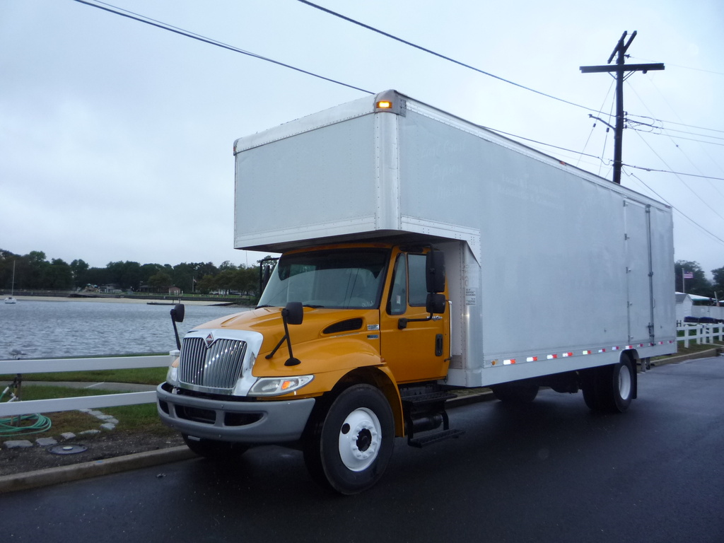 USED 2013 INTERNATIONAL 4300 MOVING TRUCK #11466