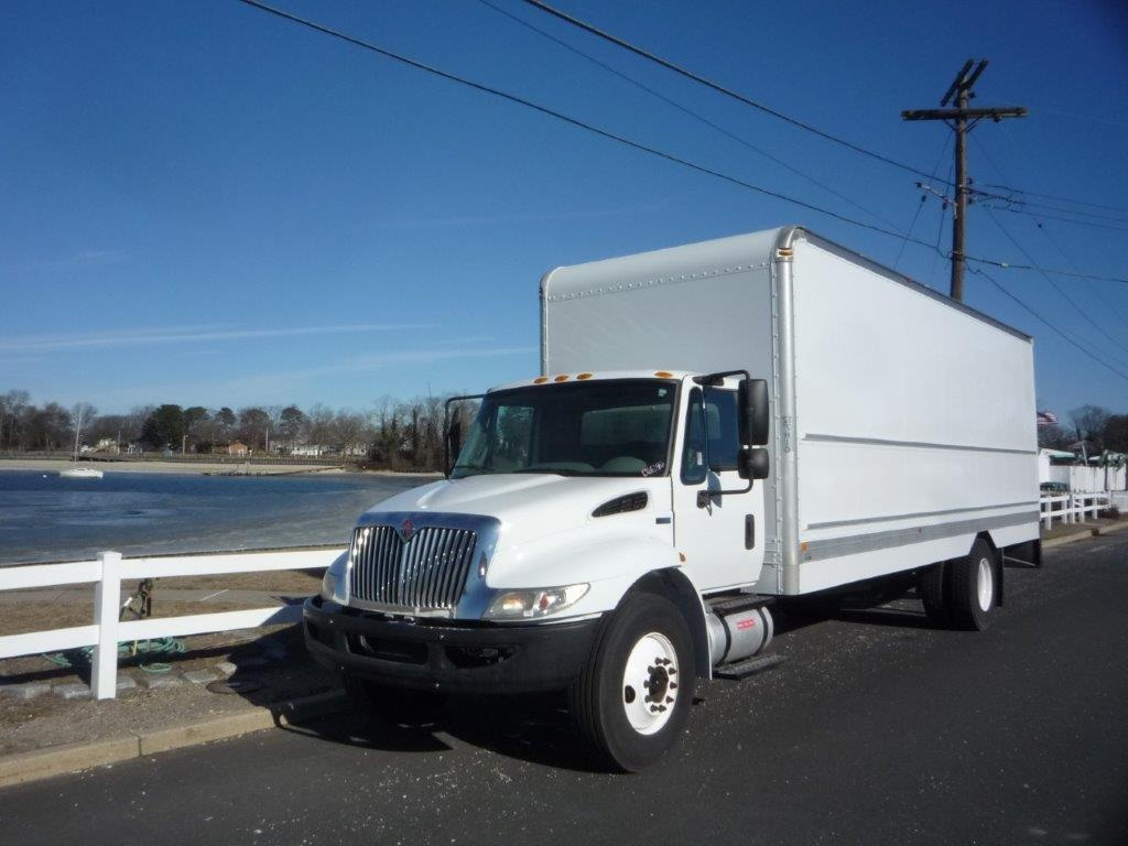 USED 2013 INTERNATIONAL 4300 BOX VAN TRUCK #11475