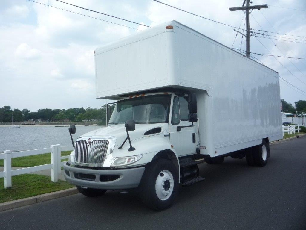 USED 2013 INTERNATIONAL 4300 MOVING TRUCK #11660