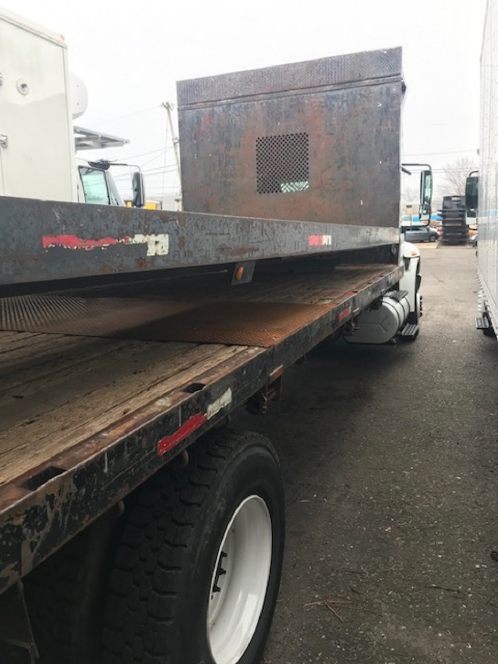 USED UNKNOWN 26 FT. FLATBED BODY TRUCK BODY #11769