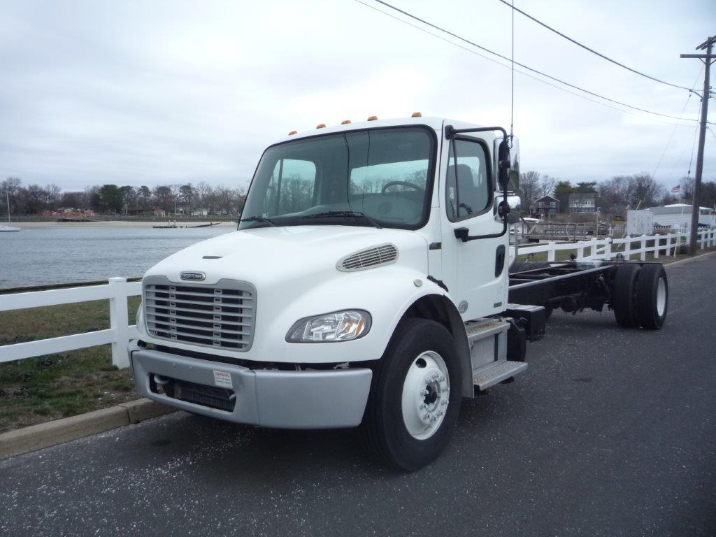 USED 2012 FREIGHTLINER M2 CAB CHASSIS TRUCK #11804