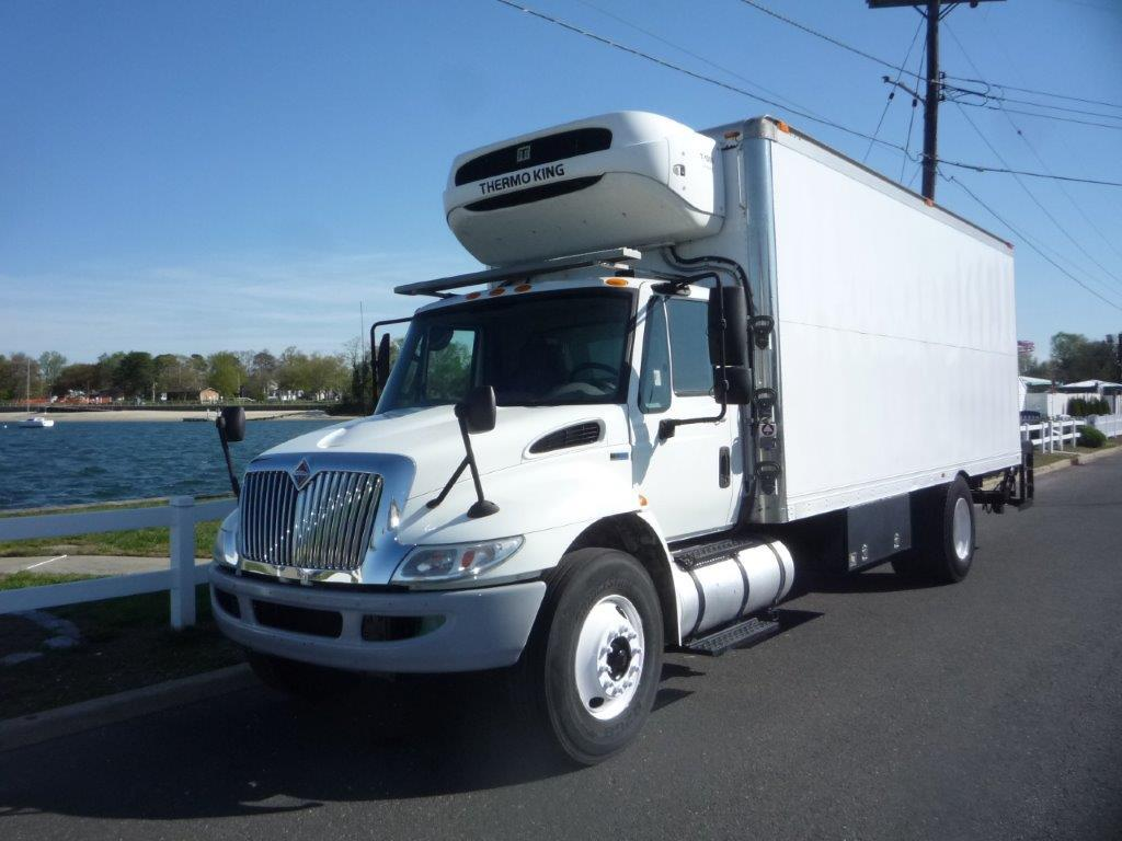 USED 2013 INTERNATIONAL 4300 REEFER TRUCK #11815