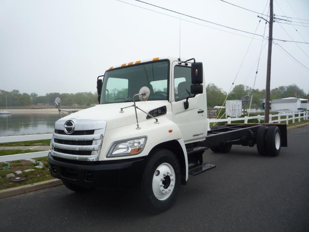 USED HINO 338 CAB CHASSIS TRUCK #11824