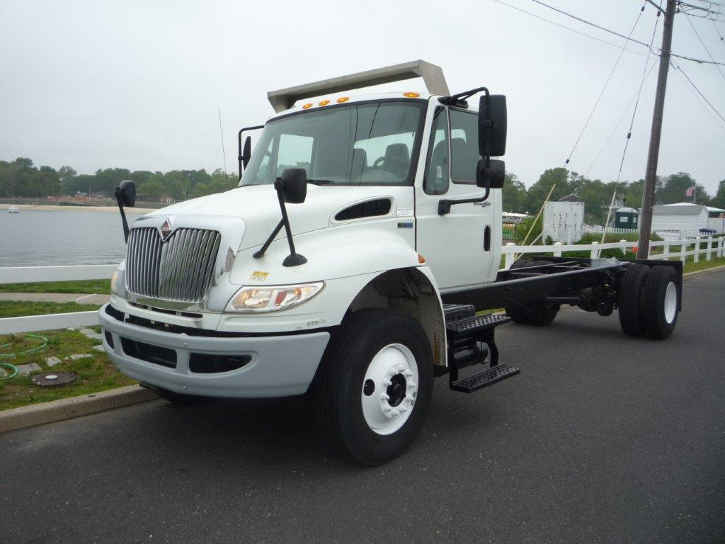 USED 2013 INTERNATIONAL 4300 CAB CHASSIS TRUCK #11837