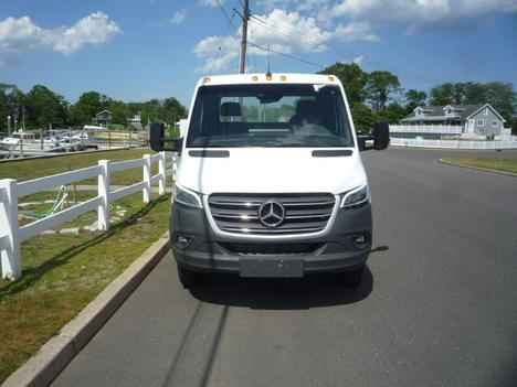 NEW 2019 MERCEDES-BENZ 3500 XD CAB CHASSIS TRUCK #11845-3
