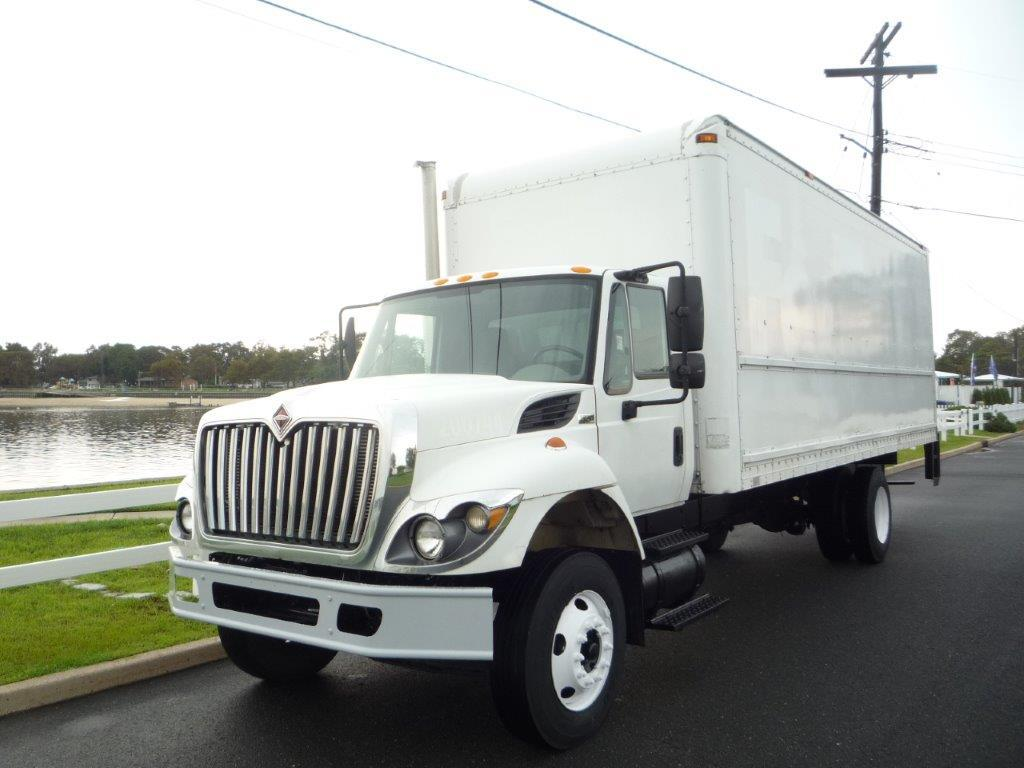 USED 2010 INTERNATIONAL 7300 BOX VAN TRUCK #11884