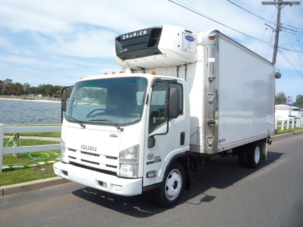 USED 2010 ISUZU NQR REEFER TRUCK #11889