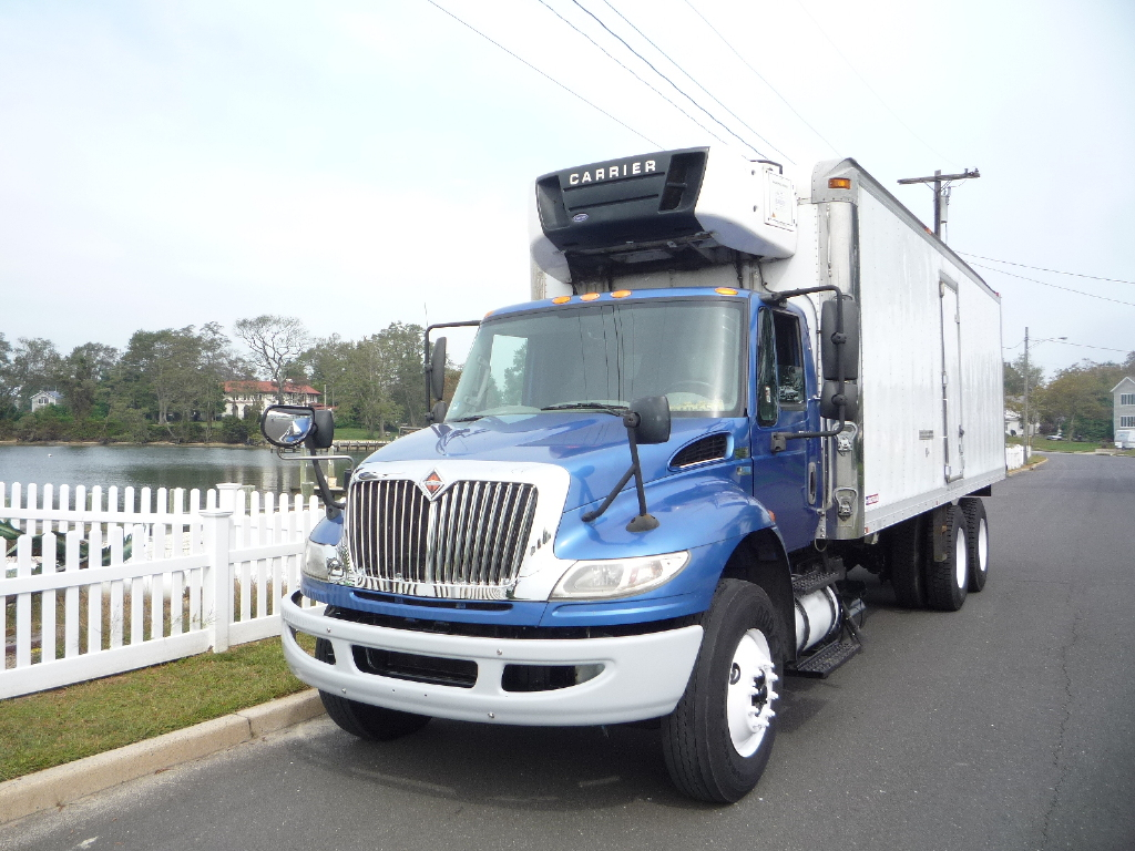 USED 2013 INTERNATIONAL 4400 6 X 4 REEFER TRUCK #11915