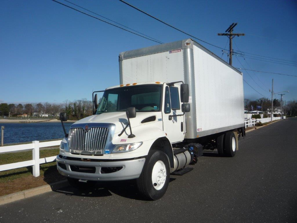 USED 2015 INTERNATIONAL 4300 BOX VAN TRUCK #11938