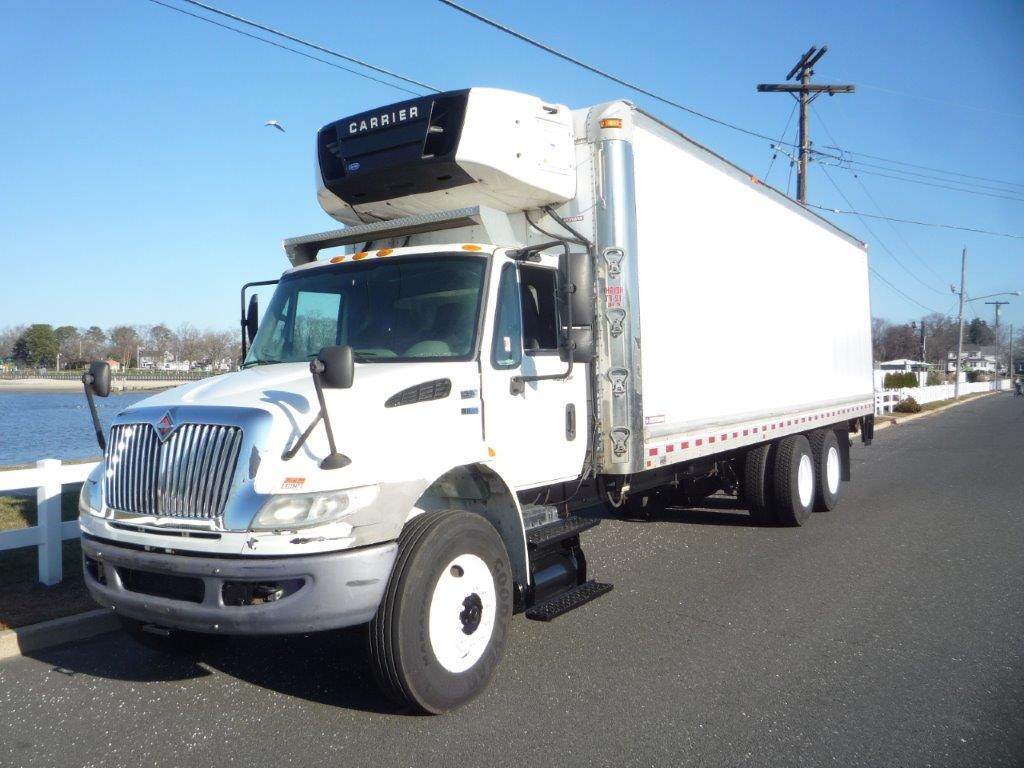 USED 2012 INTERNATIONAL 4400 6 X 4 REEFER TRUCK #11951