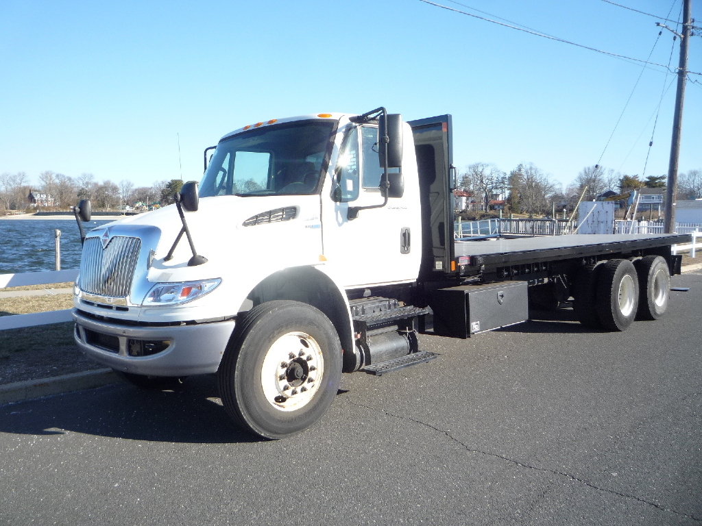 USED 2014 INTERNATIONAL 4400 6 X 4 FLATBED TRUCK #12003