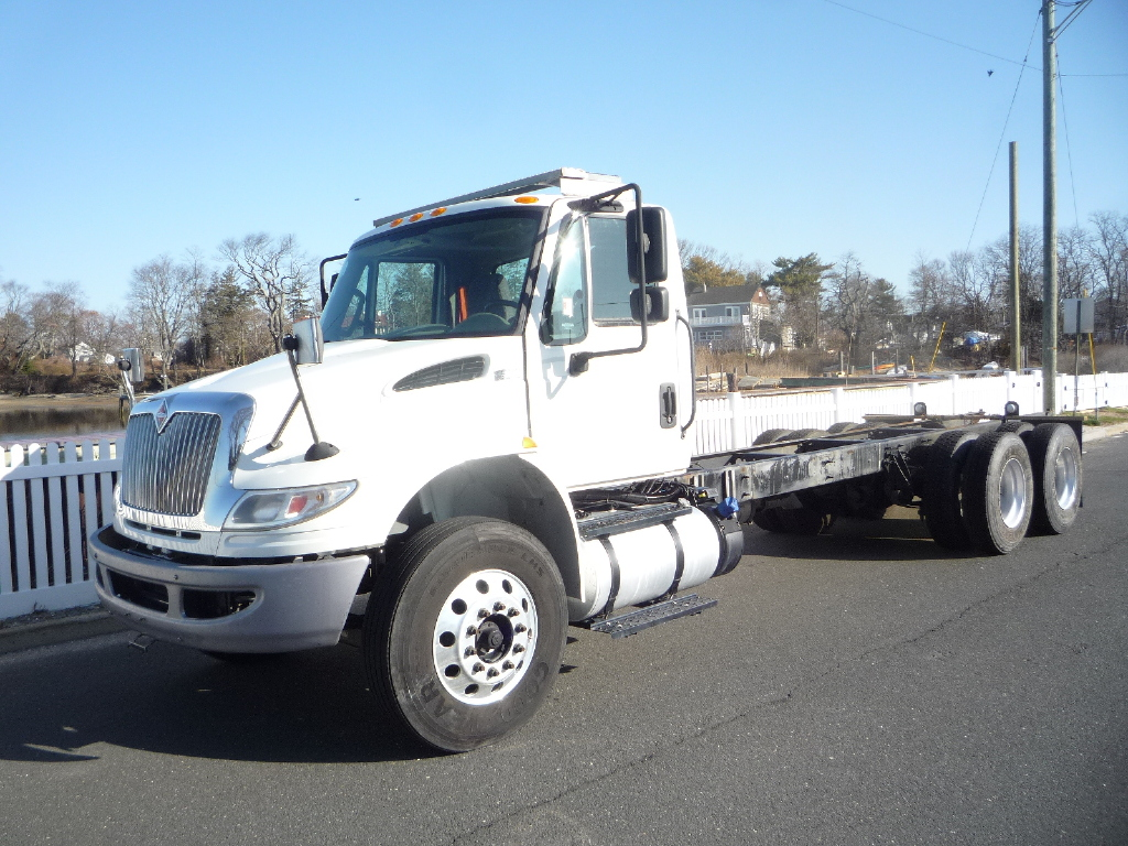 USED 2016 INTERNATIONAL 4400 6 X 4 CAB CHASSIS TRUCK #12006