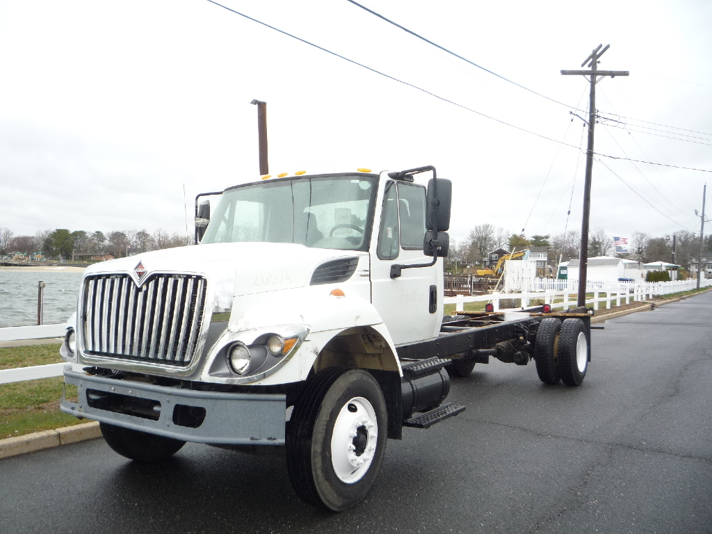 USED 2010 INTERNATIONAL 7300 CAB CHASSIS TRUCK #12016