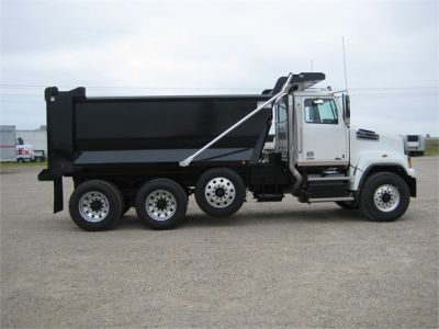 NEW 2018 WESTERN STAR 4700SF DUMP TRUCK #1065-11