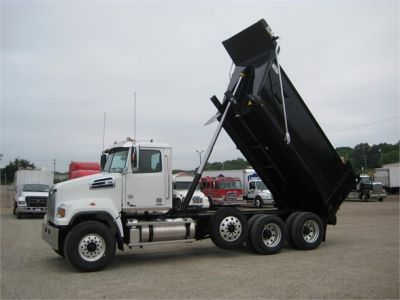 NEW 2018 WESTERN STAR 4700SF DUMP TRUCK #1065-15