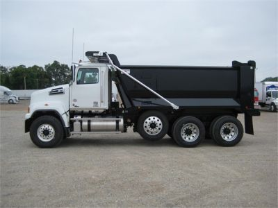 NEW 2018 WESTERN STAR 4700SF DUMP TRUCK #1065-5