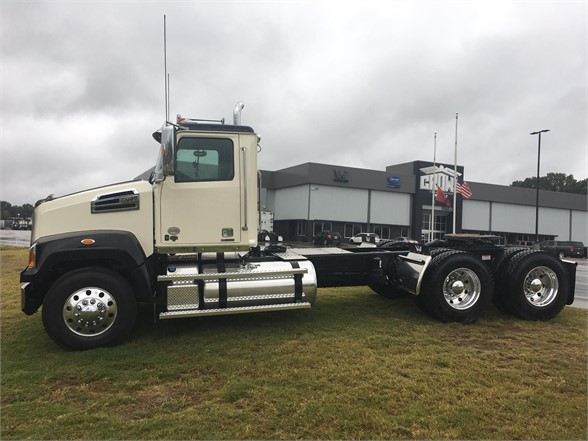 NEW 2021 WESTERN STAR 4700SF DAYCAB TRUCK #1255