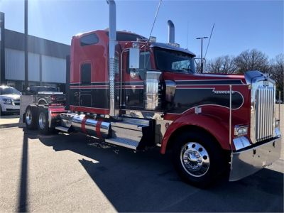 USED 2018 KENWORTH W900L SLEEPER TRUCK #1315-12