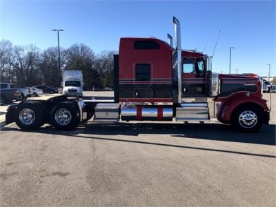 USED 2018 KENWORTH W900L SLEEPER TRUCK #1315-13