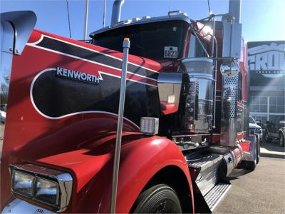 USED 2018 KENWORTH W900L SLEEPER TRUCK #1315-21