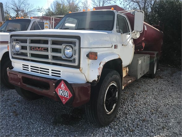 USED 1985 GMC GENERAL FUEL-LUBE TRUCK #1037