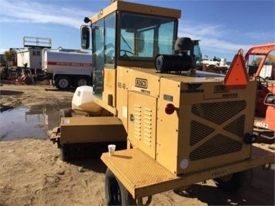 USED 1999 ROSCO RB48 SWEEPER EQUIPMENT #1138-4