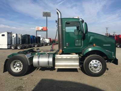 USED 2010 KENWORTH T800 DAYCAB TRUCK #1244-7
