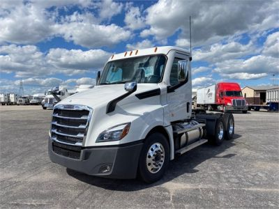 2021 FREIGHTLINER CASCADIA 126 Daycab #1154