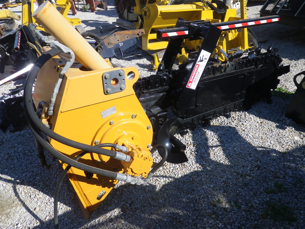 USED2007ASTECHD460560TRENCHER #2174