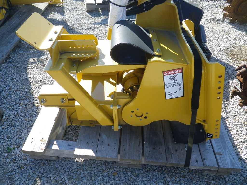 USED2013VERMEERTR455TRENCHER #2402