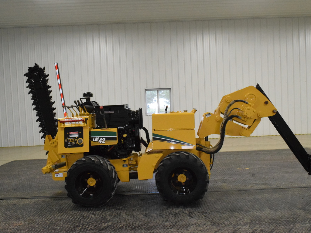 USED 2006 VERMEER LM42 WALK-BESIDE TRENCHER - VIBRATORY PLOW EQUIPMENT #2745