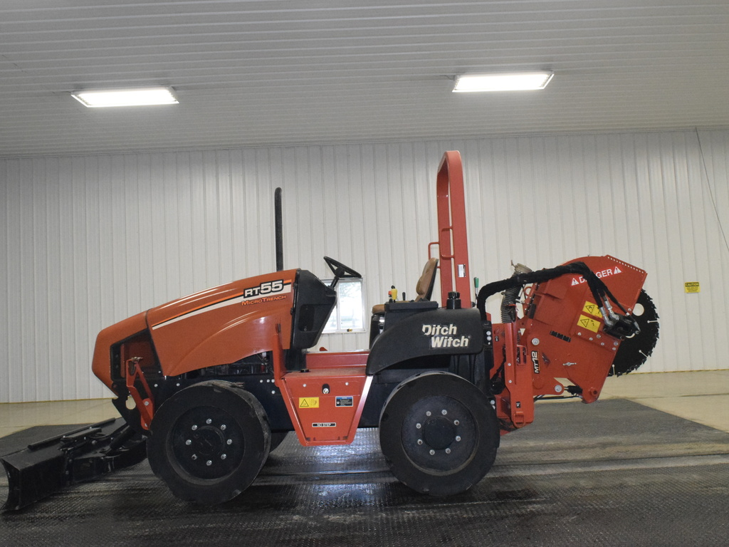 USED 2014 DITCH WITCH RT55 ROCK SAW EQUIPMENT #2814