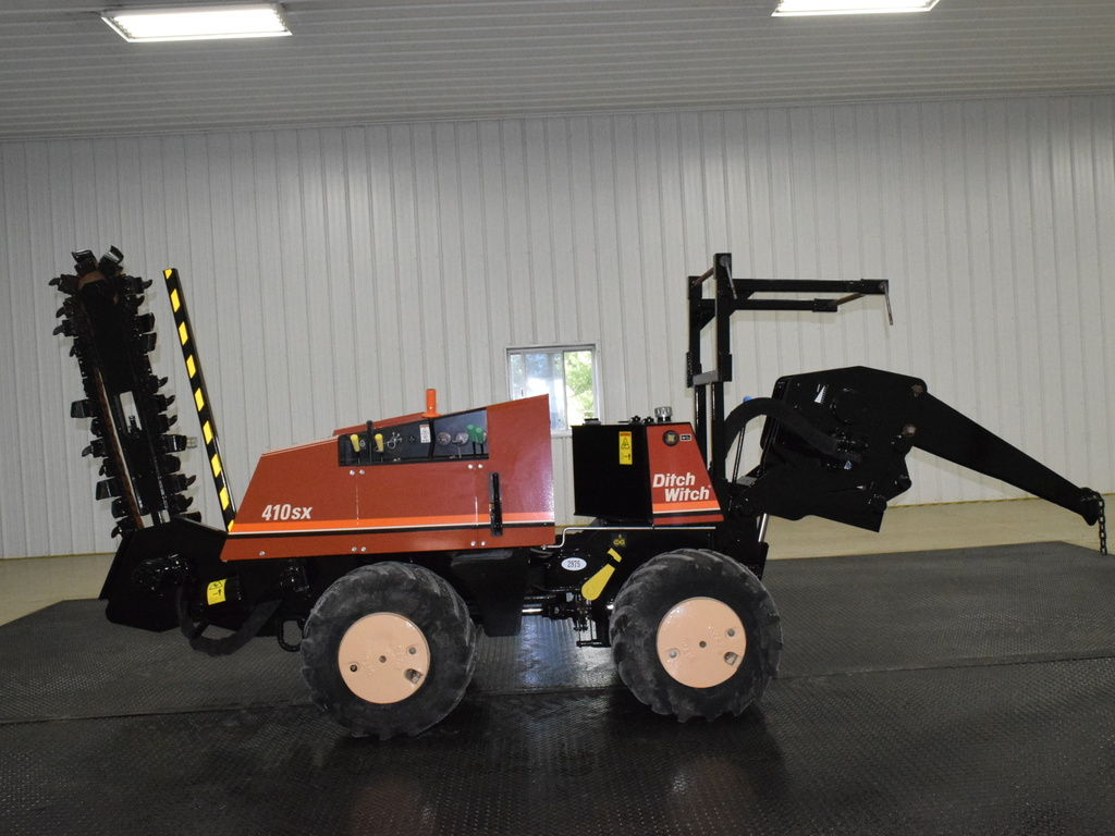 USED 2008 DITCH WITCH 410SX WALK-BESIDE TRENCHER - VIBRATORY PLOW EQUIPMENT #2975