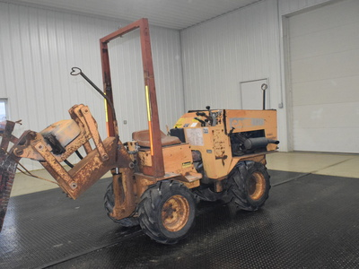 USED 1987 CASE MAXI SNEAKER B WALK-BESIDE VIBRATORY PLOW EQUIPMENT #3062-6