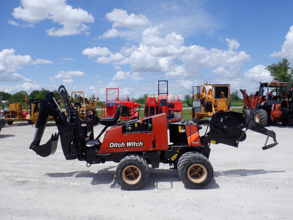USED 2016 DITCH WITCH 410SX WALK-BESIDE TRENCHER - VIBRATORY PLOW EQUIPMENT #3197