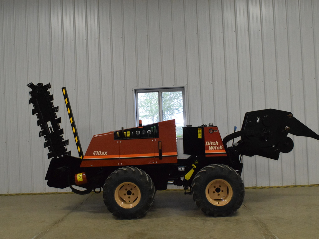 USED 1998 DITCH WITCH 410SX WALK-BESIDE TRENCHER - VIBRATORY PLOW EQUIPMENT #3243