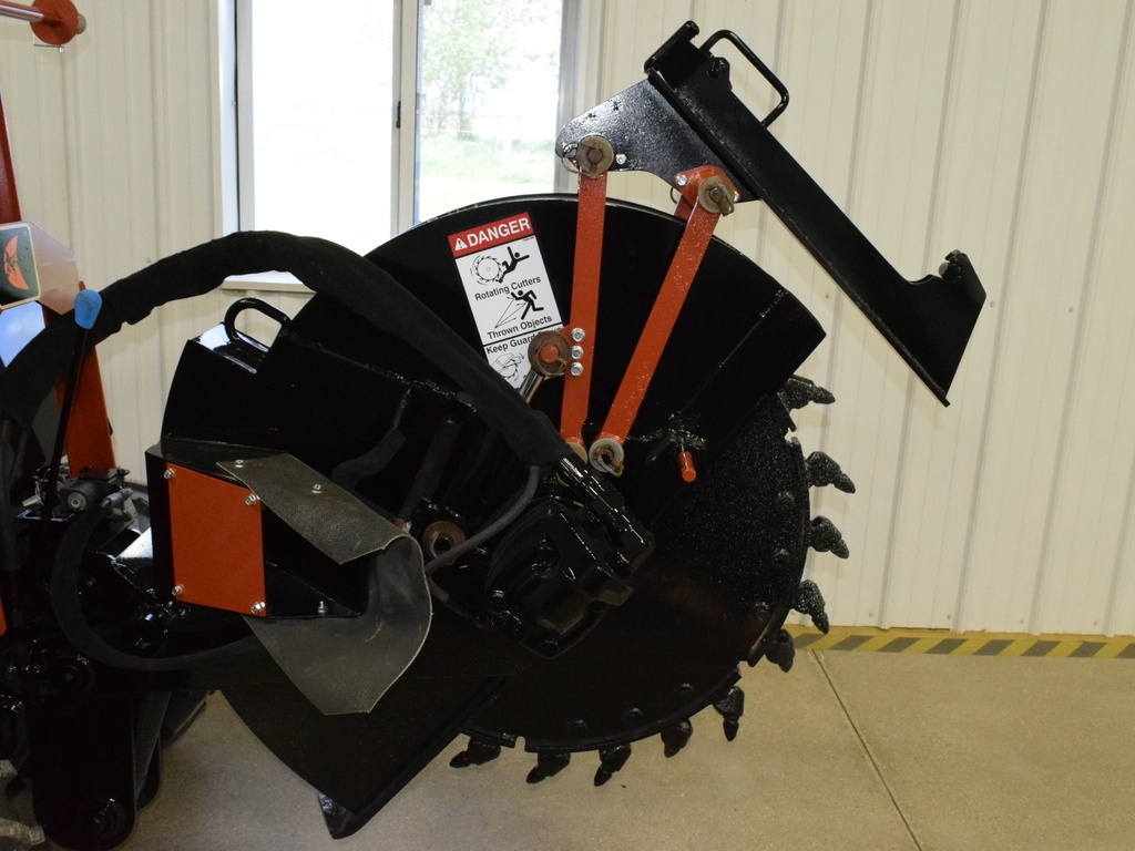 USED2001DITCHWITCHZH440ROCKWHEELTRENCHER #3306