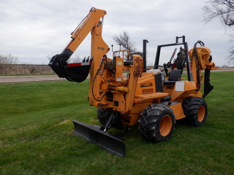 USED 2001 CASE 660 RIDE-ON TRENCHER - VIBRATORY PLOW EQUIPMENT #3460-2