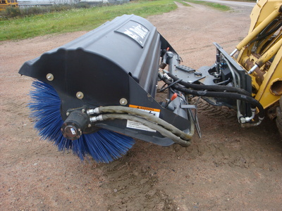 USED 2013 BOBCAT 84 ANGLE BROOM SWEEPER EQUIPMENT #1818-4