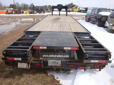 USED 2015 DELTA MFG INC 38' GOOSENECK TRAILER #1989-6